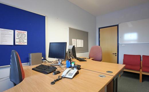 Office 01 ALG 09