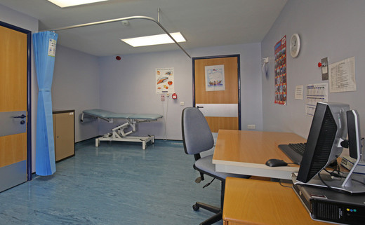 Examination room 01 DG 40