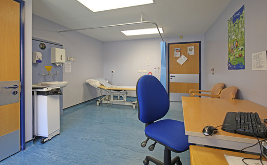 Examination room 01 DG 41