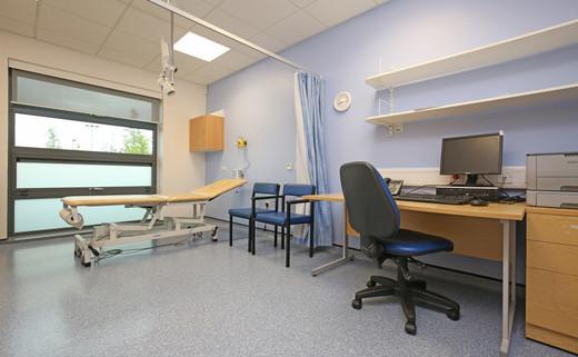 Examination room L1-013