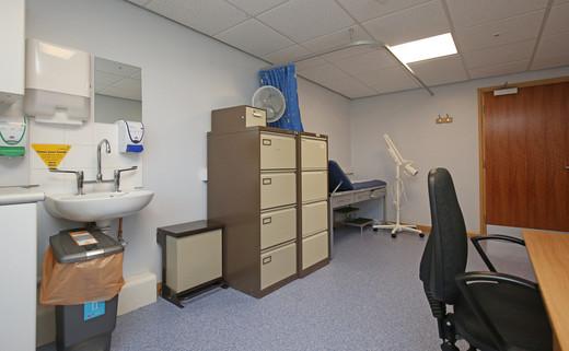 Examination room L1-42