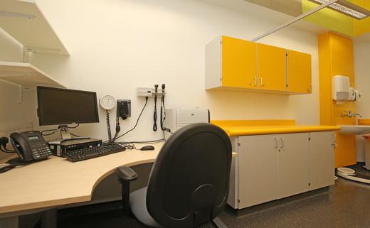 Examination room GF142