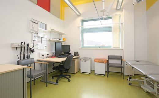 Examination room GF018