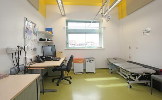 Examination room GF019