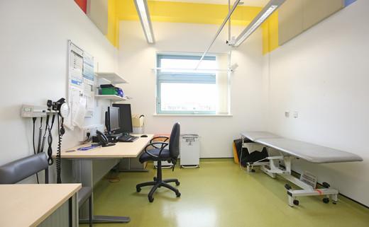 Examination room GF021