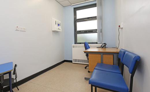 Consulting room L1-45