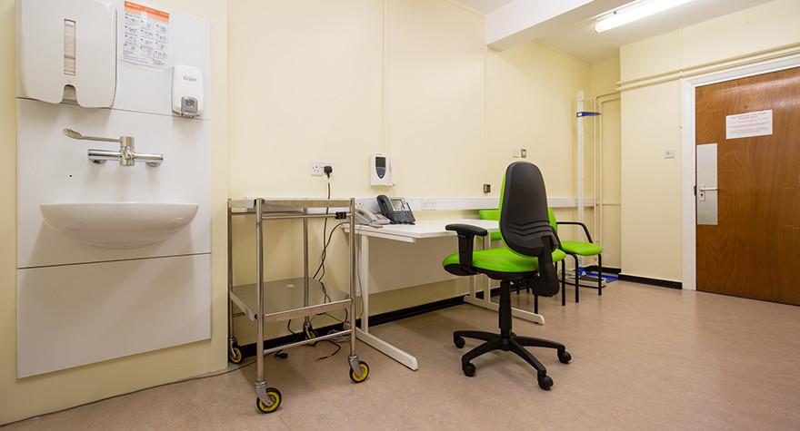 Birleywood health centre consulting room 1 003