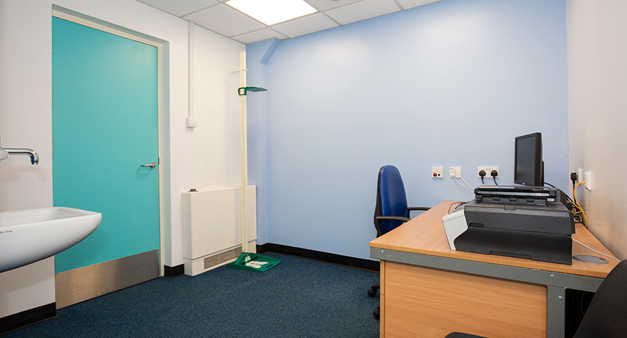 Cleveland health centre consulting room 2 001