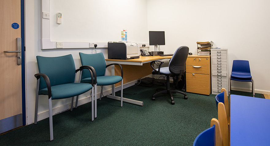 Lance burn health centre consulting room 2 004