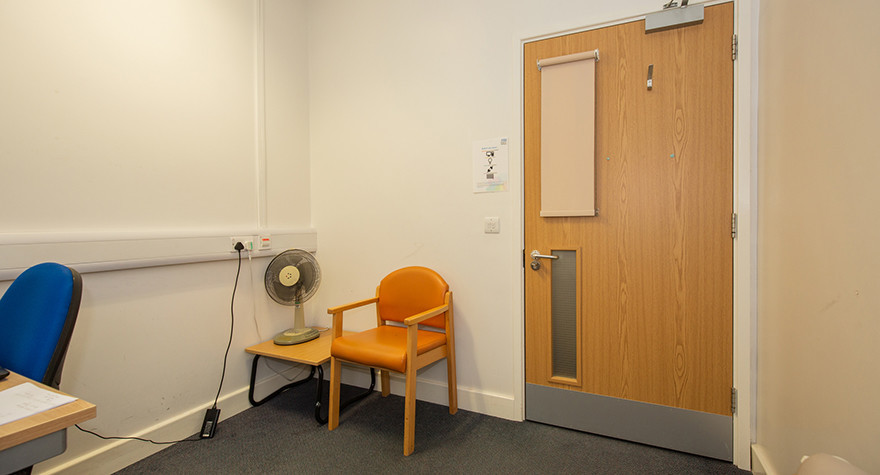 Folkestone health centre counselling room 1 002