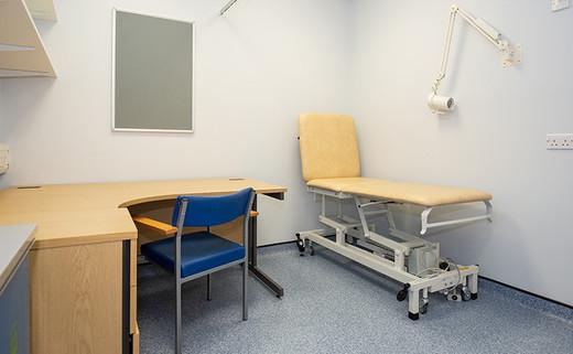 Examination Room L2-33