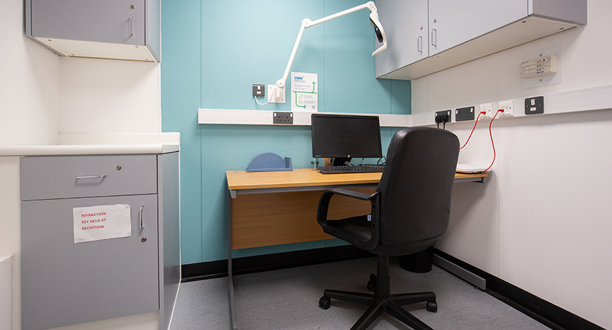 Longsight health centre consulting room 8 001