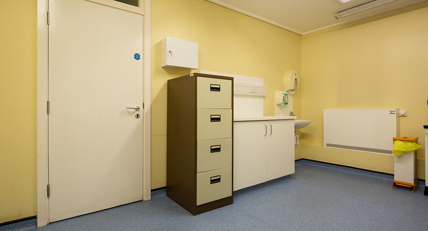 North hykeham health centre consulting room 10 004