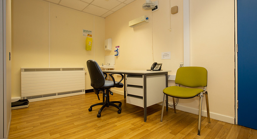 Pendlebury health centre consulting room e 001