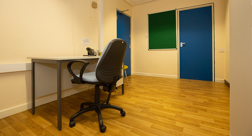 Pendlebury health centre consulting room e 004