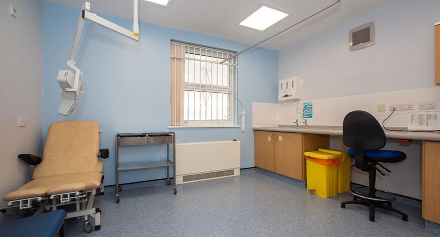 Southwick health centre treatment room l2 26 001