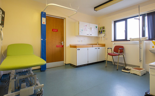 Examination room OP15 - Outpatients Dept 1