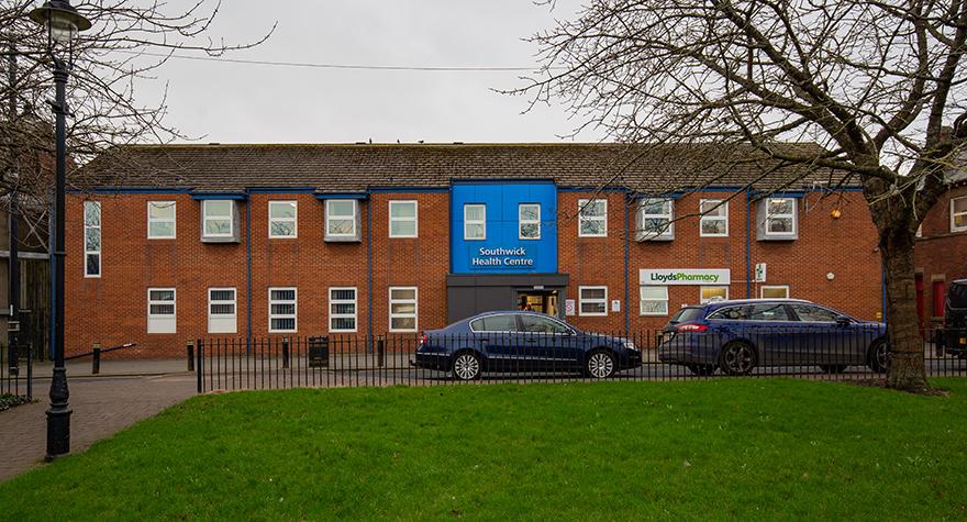 Southwick health centre exterior 001