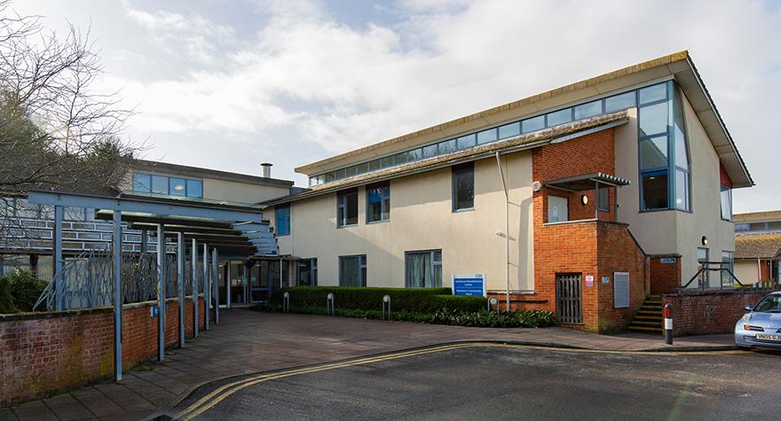 Newhaven rehabilitation centre exterior 001
