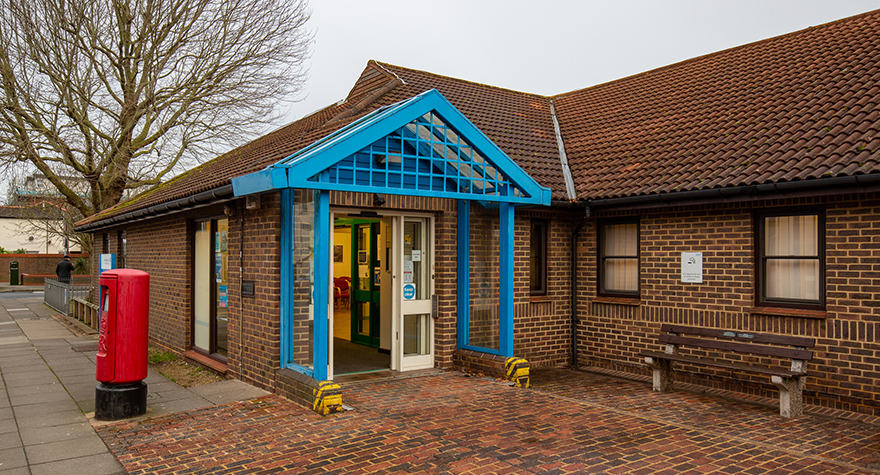 Eastney health centre exterior 003