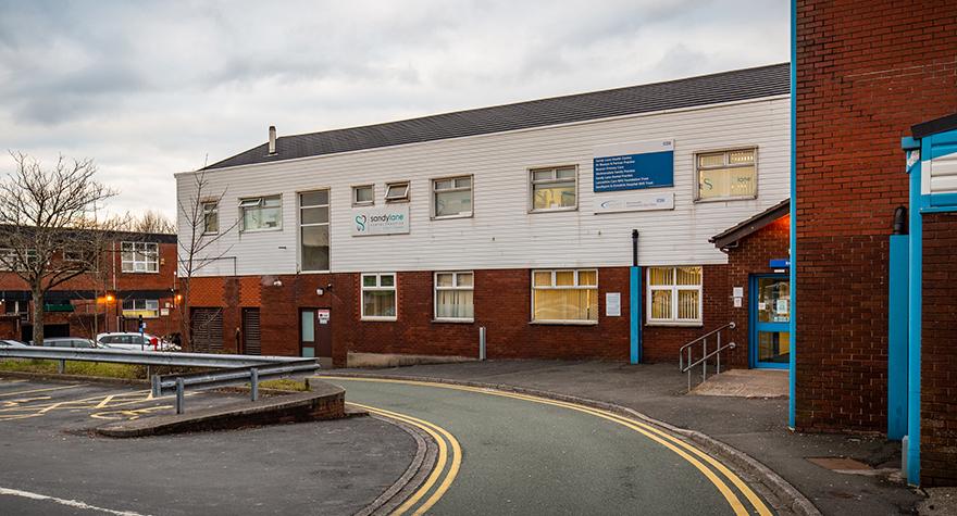 Sandy lane medical centre exterior 003