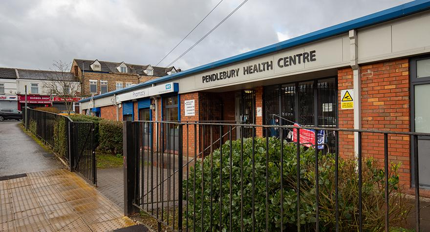 Pendlebury health centre exterior 004