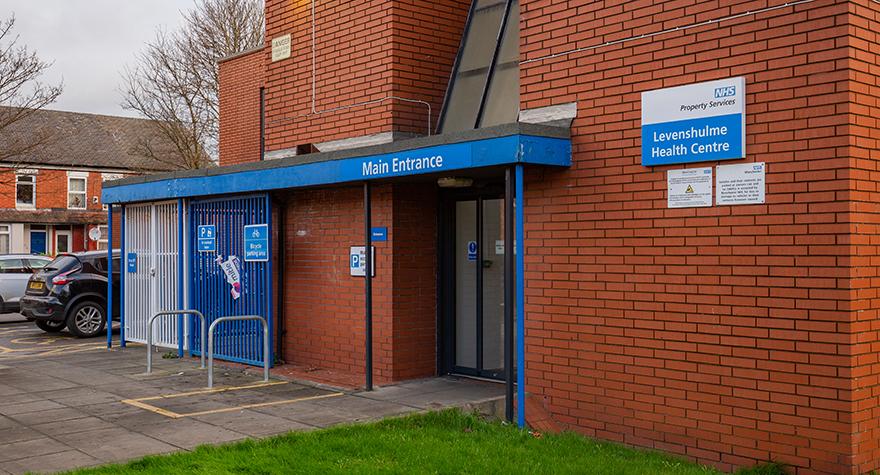 Levenshulme health centre exterior 001